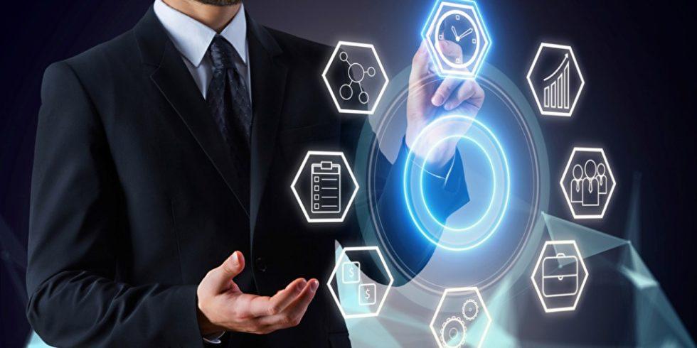 Plattformen verändern Marktstrukturen. Dies hat auch Folgen für die Logistik. Foto: panthermedia.net/peshkova