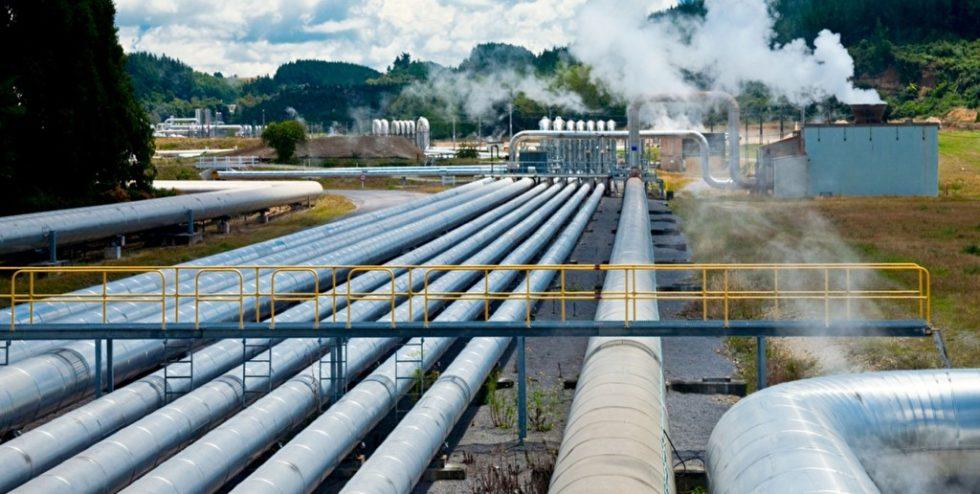 Rohre eines Geothermie-Kraftwerks.Bild: PantherMedia/dnaumoid