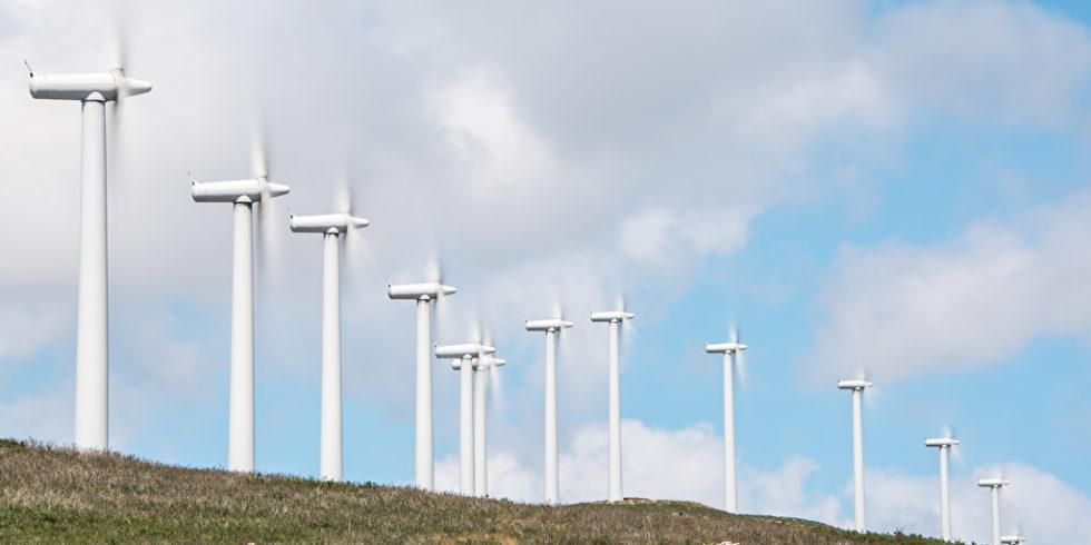 Windkraft leistet einen wichtigen Beitrag zur Energiewende. Nur wie sollte man Kommunen einbinden? Foto: panthermedia.net/xxlphoto