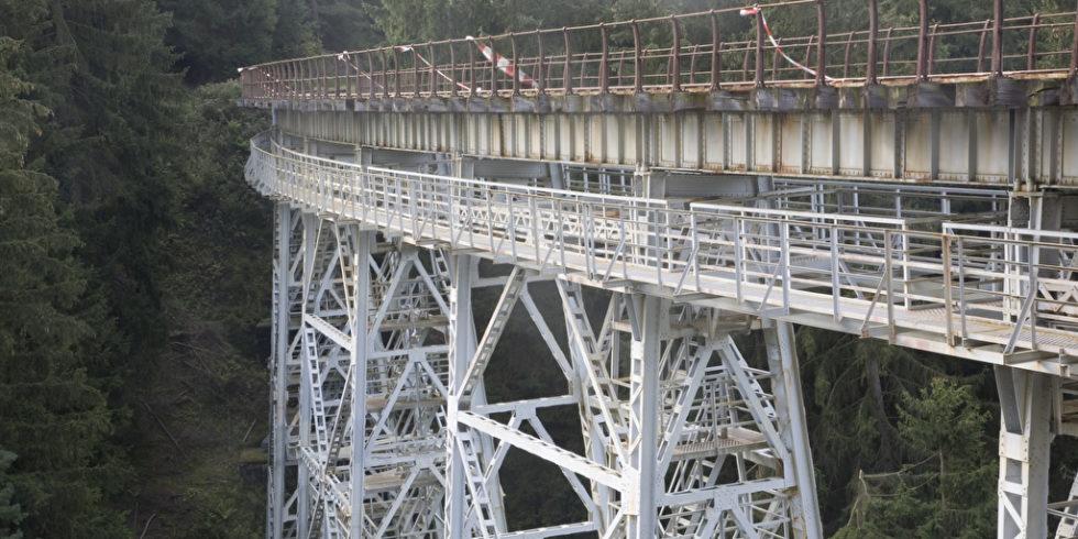 Marode Eisenbahnbrücke