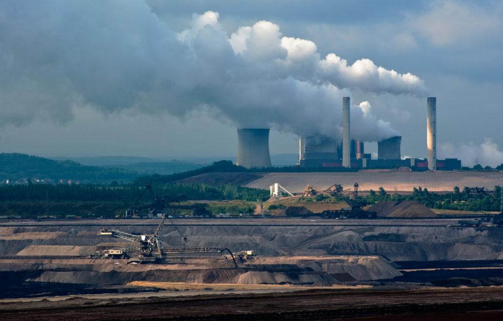 Wie lässt sich Kohlendioxid effizient aus Gasen abscheiden? Bayreuther Forscher finden einen neuen Weg. Foto: panthermedia.net/saasemen