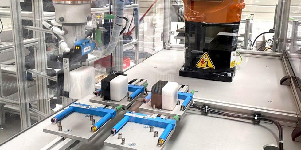 Eine Produktion zu überwachen und zu steuern, um den Output zu optimieren: Das ist das Ziel von Manufacturing Execution Systemen (MES). Foto: IPH/Niklas Viola