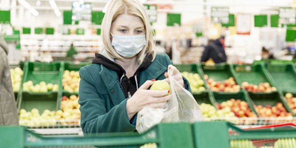 Nach Berechnungen des Hermann-Rietschel-Instituts ist das Ansteckungsrisiko im Supermarkt deutlich niedriger als beispielsweise in Klassenzimmern oder Büros. Foto: panthermedia.net/Demanna