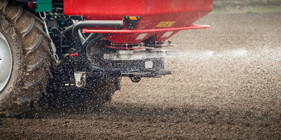 Traktor und Dünger