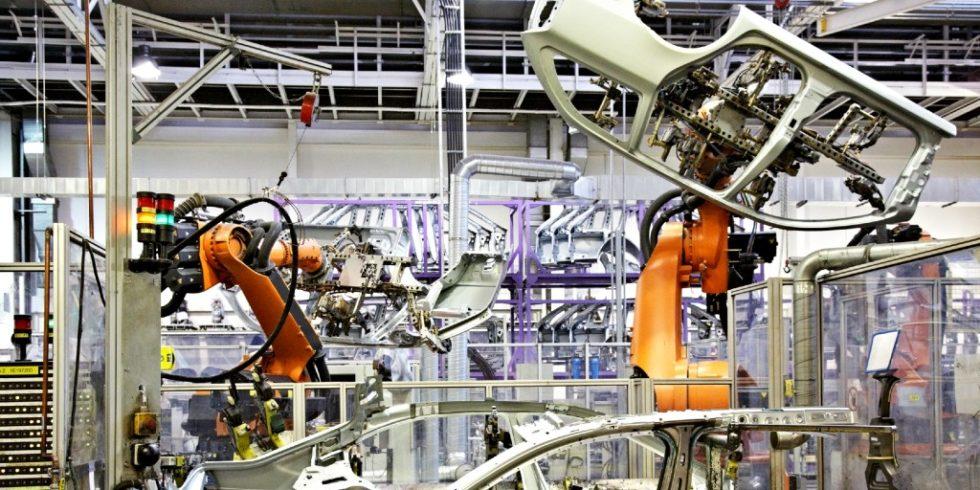 Bei der Belieferung seiner Werke mit Teilen und Komponenten setzt der Automobilbau seit Jahrzehnten Maßstäbe. Ungeachtet dessen bringt der Aufstieg der Plattformökonomie eine Vielzahl von Anforderungen mit sich, die noch einmal ganz anders gelagert sind. Foto: panthermedia.net/zhu_zhu(YAYMicro)