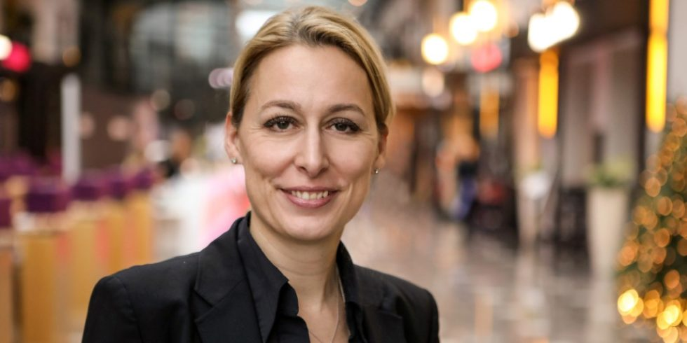 Dr. Christine Lemaitre weiß als geschäftsführender Vorstand der DGNB warum wir nachhaltige Gebäude brauchen. Foto: DGNB e.V.