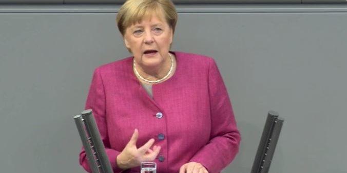 Angela Merkel bei der Generaldebatte vor dem Bundestag. Foto: Screenshot/Bundeskanzlerin.de