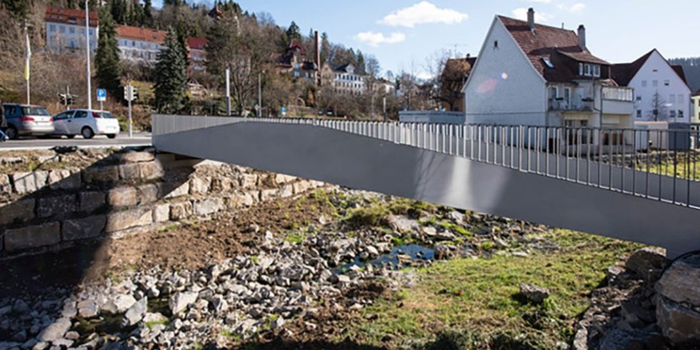 Die weltweit erste Brücke, die völlig ohne Stahlbewehrung auskommt, entstand in Albstadt-Ebingen. Foto: solidian