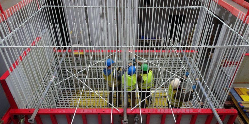 Die Hochpräzisionsmessräume werden mit Combar bewehrt. Foto: hammeskrause architekten bda.
