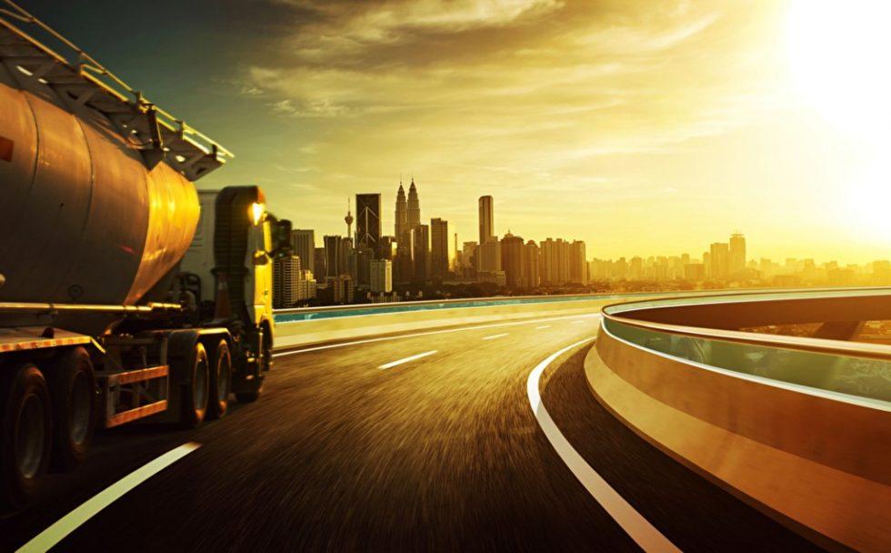 Das Umweltbundesamt (UBA) wollte von den Kommunen wissen, wie sich Logistik im urbanen Umfeld nachhaltiger gestalten lässt. Ein wichtiges Ergebnis: Vielerorts fehlt schlichtweg das Personal, um mögliche Fördermittel abzurufen. Foto: panthermedia.net/jamesteohart