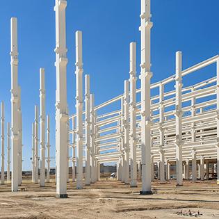 Schraubverbindungen beschleunigen den Betonfertigteilbau erheblich. Foto: Peikko