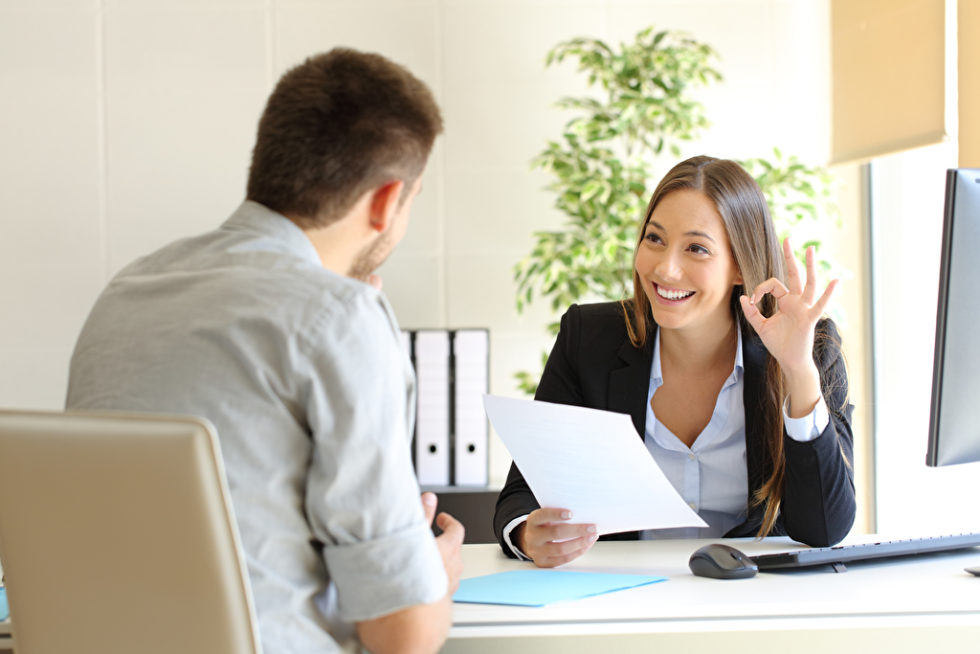 Eine Chefin oder einen Chef mit menschlichen Qualitäten: Danach sehnen sich Angestellte. Foto: panthermedia.net/AntonioGuillem