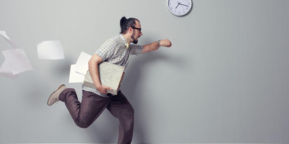 Oft hecheln wir der Zeit hinterher. Ein gutes Zeitmanagement kann helfen. Foto: panthermedia.net/stokkete