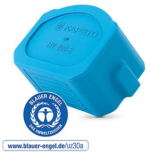 Mit dem Blauen Engel ausgezeichnet: Die Hochvolt-Steckerkappe GPN 380 aus 100 Prozent Post-Consumer-Rezyklat (PCR) im eingesetzten Kunststoff. Foto: © Pöppelmann