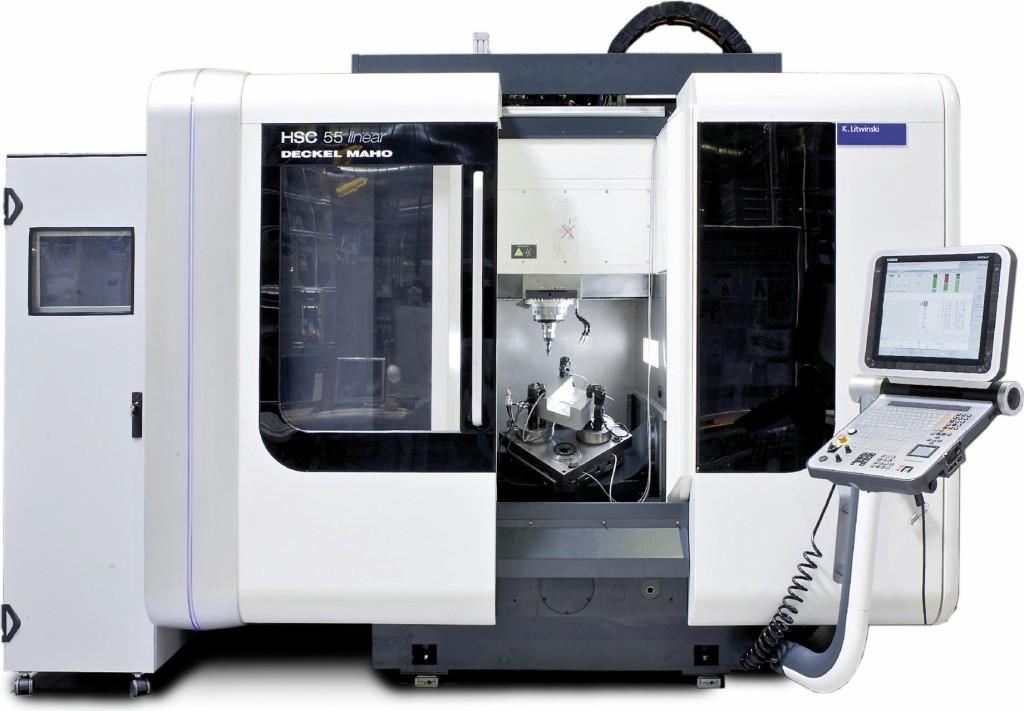 """Die """"fühlende Maschine"""" – basierend auf einer handelsüblichen """"DMG HSC55"""" – hat einen sensorischen Spindelschlitten."""