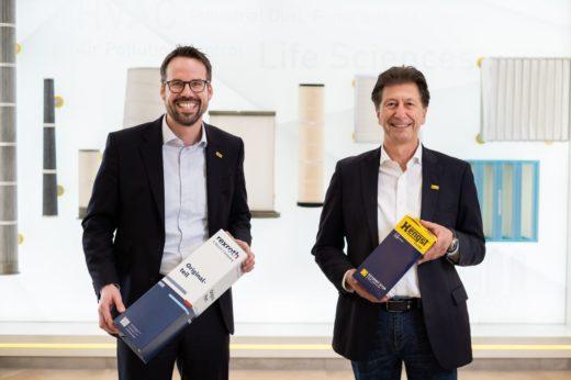 v. l. n. r.: Christopher Heine ‐ CEO / Volker Plücker ‐ Group Vice President Filtration for Industry<br />& Environment