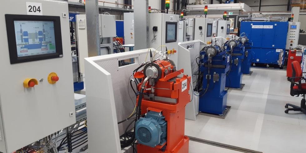 In dem SKF-Technologiezentrum im niederländischen Houten untersuchen Experten experimentell die Mechanismen hinter den unterschiedlichen Lagerausfällen auf Brave-Testständen. Bild: SKF