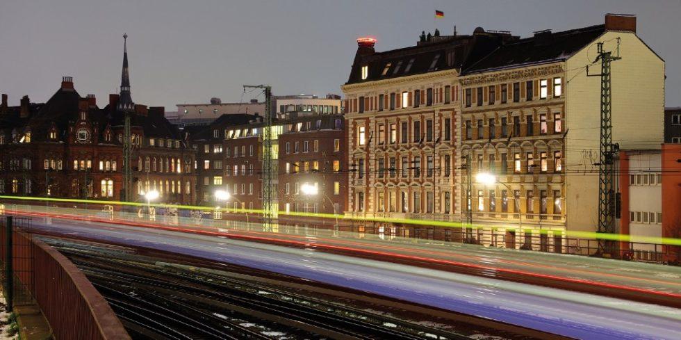 Andauernde Lärmbelastung kann Anwohner krank machen - die Belastung ist in Großstädten (Hamburg) besonders hoch. Quelle: PantherMedia/ Carl-Jürgen Bautsch