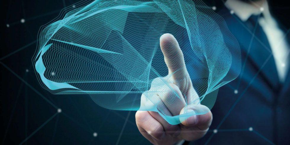 Cloud-Lösungen offenbaren zunehmend ihre Vorteile: Vor allem den stets verfügbaren Zugang für alle Mitarbeiter sowie stetige Weiterentwicklungen in Richtung künstliche Intelligenz (KI) und Automatisierung. Foto: CNT