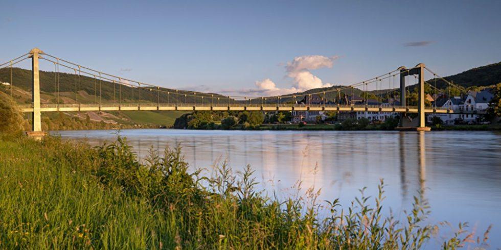 Brücken werden nach der DIN 1076 geprüft. Foto: panthermedia.net/alfotokunst (YAYMicro)