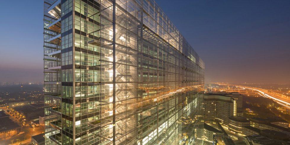 Stahl prägt das Europäische Patentamt. Foto: Ateliers Jean Nouvel – Dam & Partners Architecten (NL) – TBI Consortium New Main (NL). Ossip van Duivenbode. Alle Rechte liegen bei dem EPA