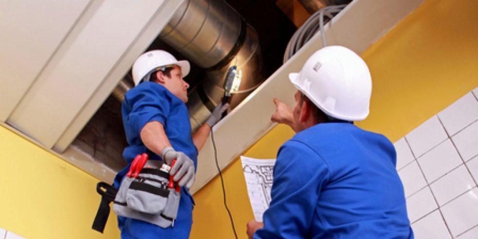 Förderung für raumlufttechnische Anlagen in öffentlichen Gebäuden: Die Um- und Aufrüstung wird vom BAFA jetzt mit bis zu 80 % bezuschusst. Foto: pantheredia.net/phovoir (YAYMicro)