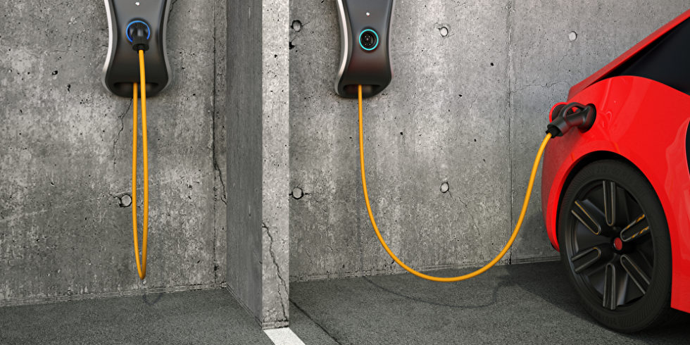 Wer ein Elektroauto kaufen will, muss sich über das Laden Gedanken machen: Ist eine Wallbox die richtige Lösung? Was ist dabei zu beachten? Die VDI-Verbrauchertipps geben Rat. Foto: panthermedia.net/chesky_w