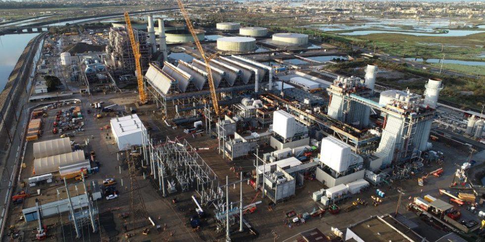 Das Alamitos Energy Center in Long Beach ist die zweitgrößte Batterie der Welt. Foto: Kiewit Corporation