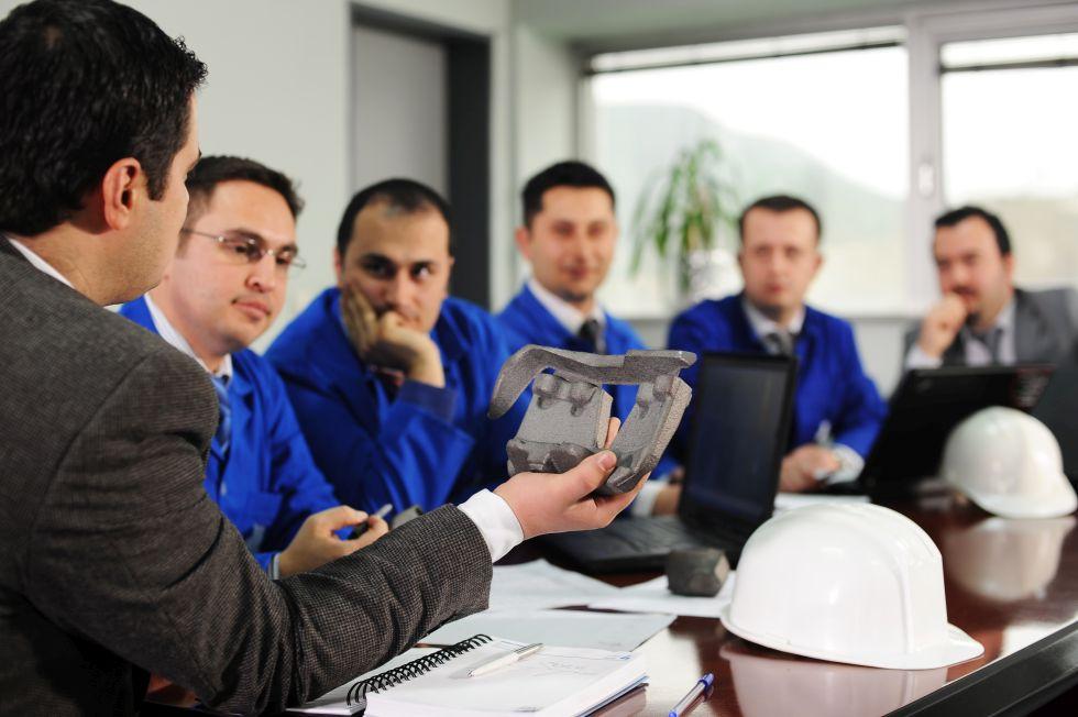 Kundenspezifische Produkte können inzwischen auch durch den Einsatz neuer Technologien wie den 3D Druck kostenbewußt realisiert werden. Foto: savas keskiner