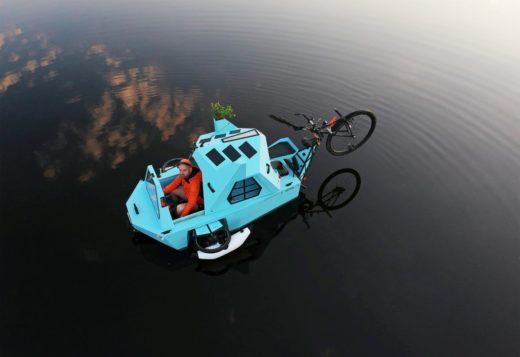 Fahrrad-Camper Z-Triton auf dem Wasser. Foto: Zeltini