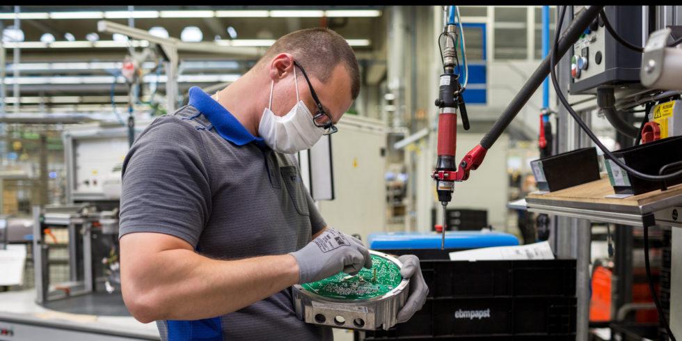 Die ebm-papst Gruppe, Familienunternehmen mit Hauptsitz in Mulfingen, Baden-Württemberg, ist weltweit führender Hersteller von Ventilatoren und Antrieben. Foto: Marie Louisa Summer für ebm-papst