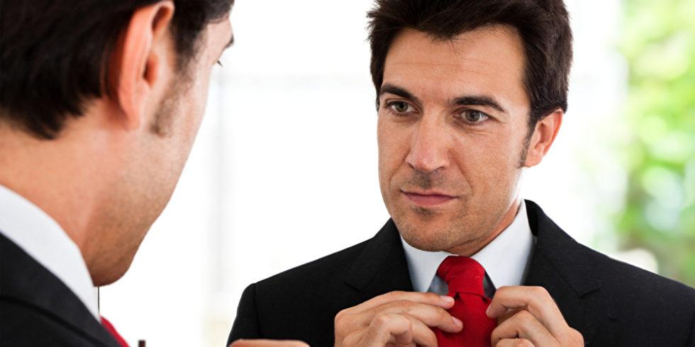 Ein Narzisst oder eine Narzisstin gilt als extrem egozentrisch, selbstverliebt und manipulativ - reagiert dabei aber äußerst gekränkt auf Kritik. Foto: panthermedia.net/minervastock