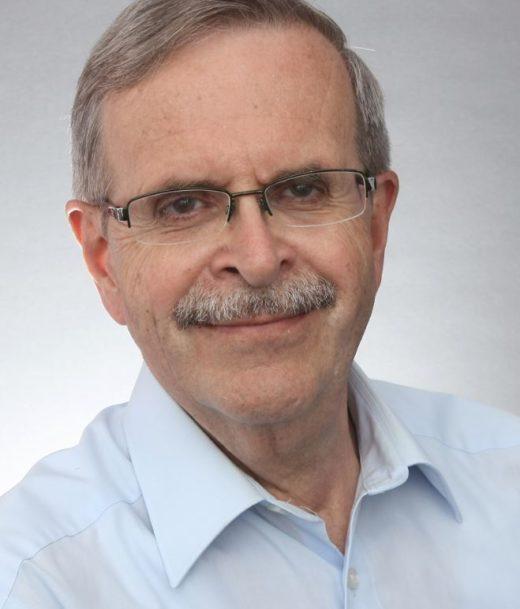 Prof. Christian Jochum ist Chemiker, hat viele Jahre als Sicherheitsingenieur gearbeitet und war über Jahrzehnte Leiter der Kommission für Anlagensicherheit. Heute berät er Unternehmen unter anderem bei der Planung von Störfallanlagen und im Krisenmanagement.