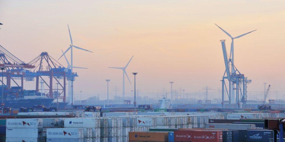 Standortvorteil: In Hamburg kann grüner Wasserstoff aus dem in großen Mengen verfügbaren Grünstrom der Nachbarbundesländer klimaneutral gewonnen werden. Foto: Mediaserver Hamburg/Christian Spahrbier