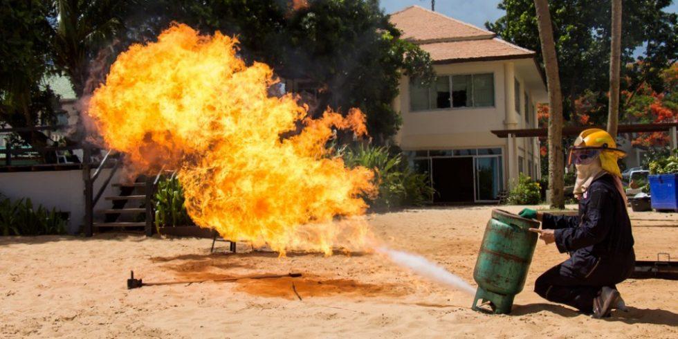 Treten Gase aus Druckventilen aus, können sie diese leicht Explosionen verursachen. Beispielbild: PantherMedia/neng_redeye_stock@hotmail.com