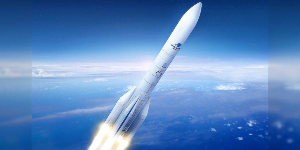"""Start einer """"Ariane""""-Rakete: Ein aktuelles Forschungsprojekt will die Produktion von Komponenten mithilfe von Künstlicher Intelligenz optimieren, Foto: ArianeGroup/Pagecran"""