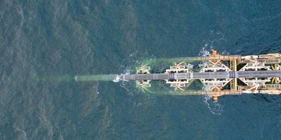 Pipeline Installation von Nord Stream 2 in der deutschen Ostsee
