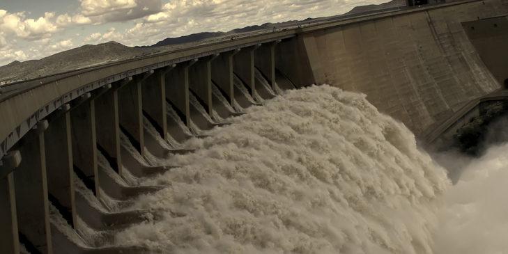 Flutkatastrrophe: Für Asylanten ist Geld da, für marode Brücken und Staudämme nicht