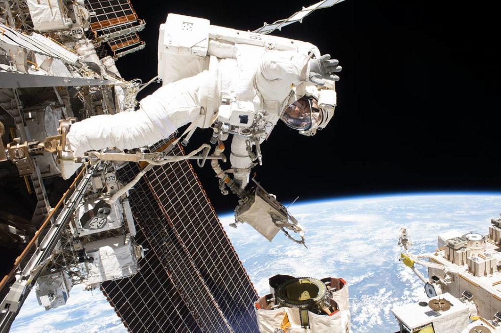 ISS: Wieder Risse in der Hülle – ist die Raumstation noch zu retten?
