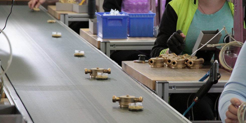 """Die aktuelle Kurzanalyse """"Neue Geschäftsmodelle und Ressourceneffizienz"""" des VDI Zentrums Ressourceneffizienz (VDI ZRE) zeigt, wie innovative Wertschöpfung im industriellen Umfeld auch Material und Energie sparen kann. Foto: VDI ZRE"""