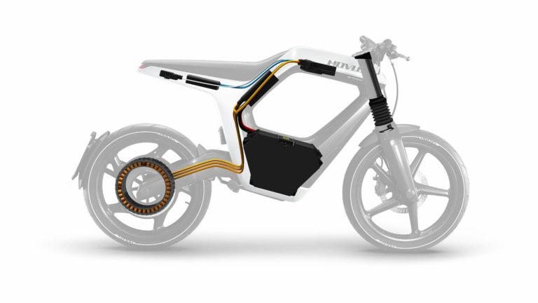 Extrem luftiges Design: Im Karbon-Rahmen sitzen alle lebensnotwendigen Organe: Der Motor ist über hinteren Radnabe verbaut, der Akku sitzt weit unter dem Sitz. Foto: Novus