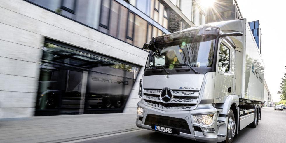 Der E-Actros von Daimler. Wird das Ende der Marke besiegelt? Foto: Daimler