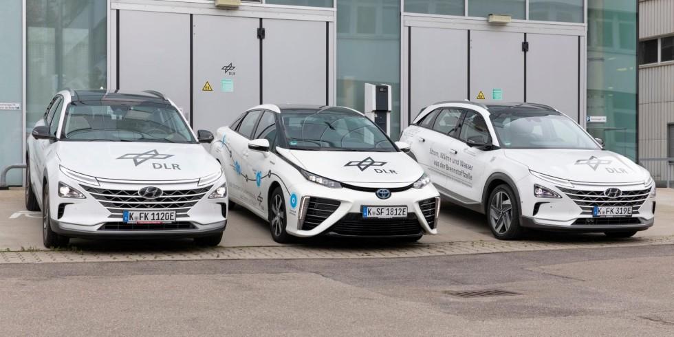 Das DLR erprobt Brennstoffzellenautos als mobile Kraftwerke und Wärmelieferanten. Foto: DLR / Eppler